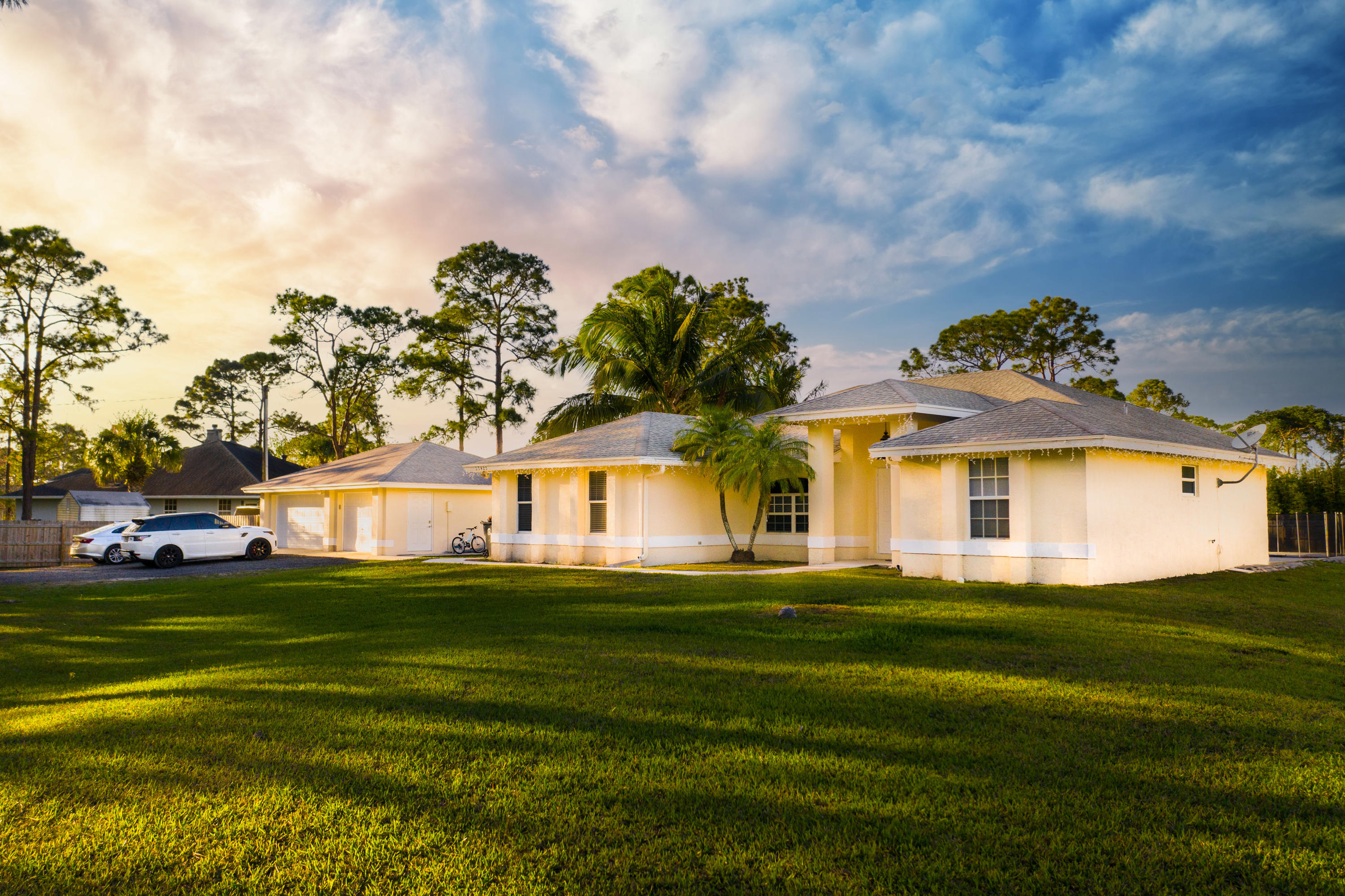 Home for sale in 27158 / 528 West Palm Beach Florida