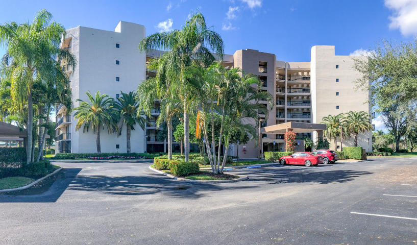 Home for sale in FOUNTAINS SOUTH CONDO 3A Lake Worth Florida