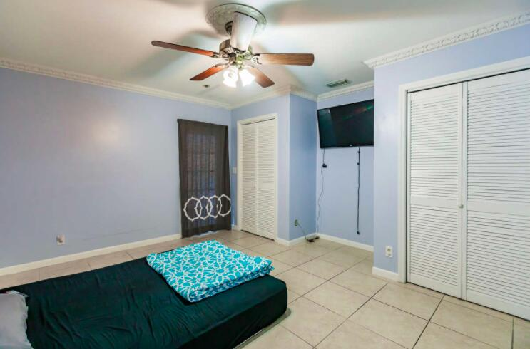 2805 Parker Avenue West Palm Beach, FL 33405 photo 18