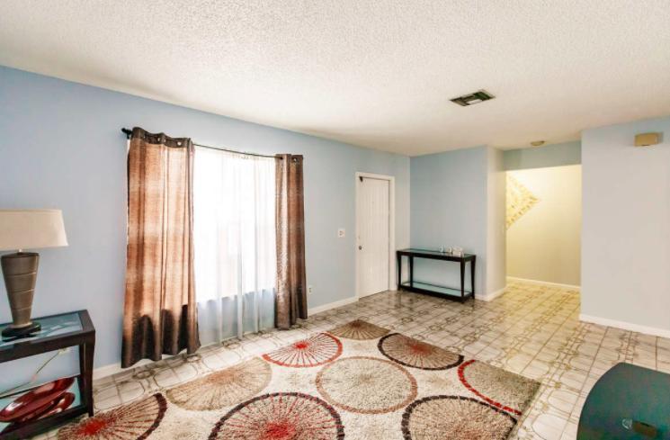 2805 Parker Avenue West Palm Beach, FL 33405 photo 4
