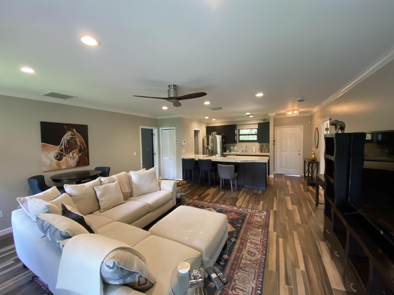 Wellington, Florida 33414, 2 Bedrooms Bedrooms, ,2 BathroomsBathrooms,Residential,For Sale,Polo Club,RX-10694484
