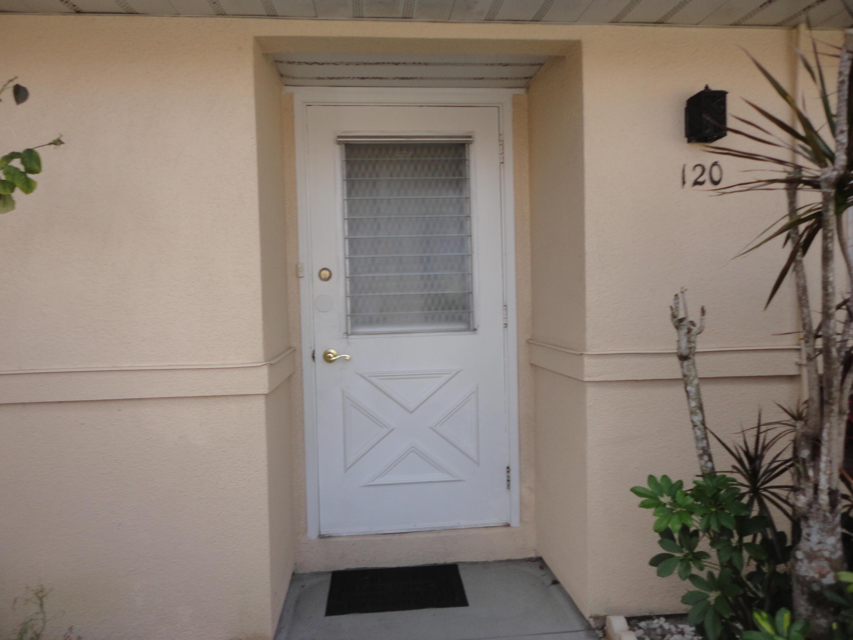 120  Amherst Lane  For Sale 10694891, FL