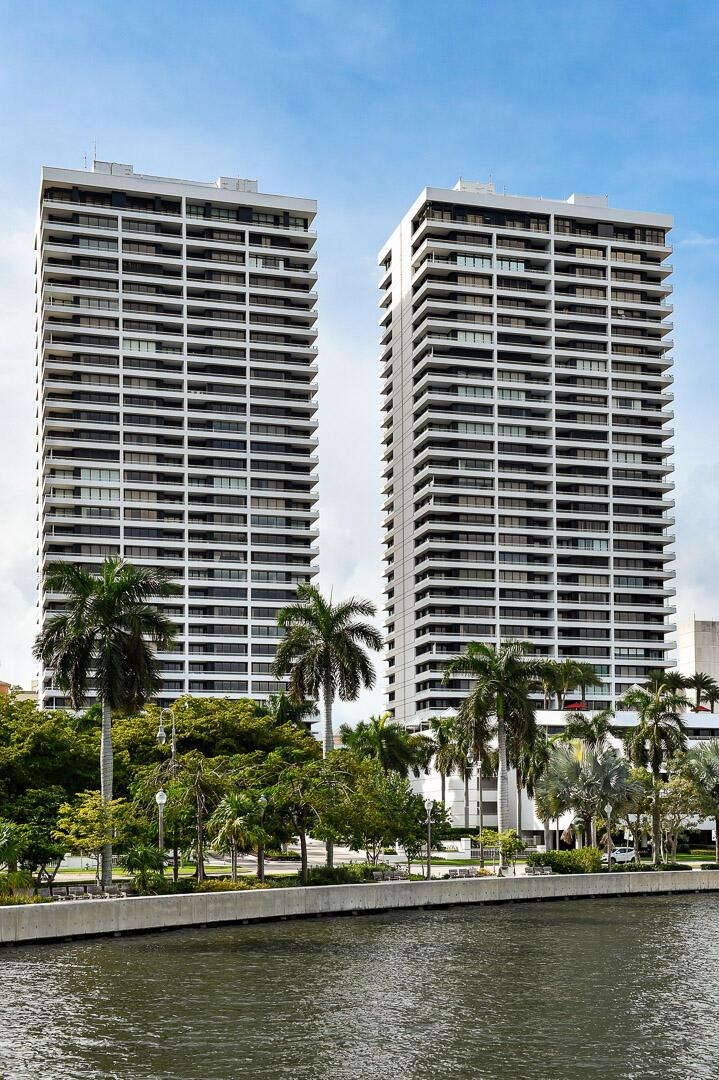 525 S Flagler Drive 22 A & B; Cabana 8  West Palm Beach, FL 33401