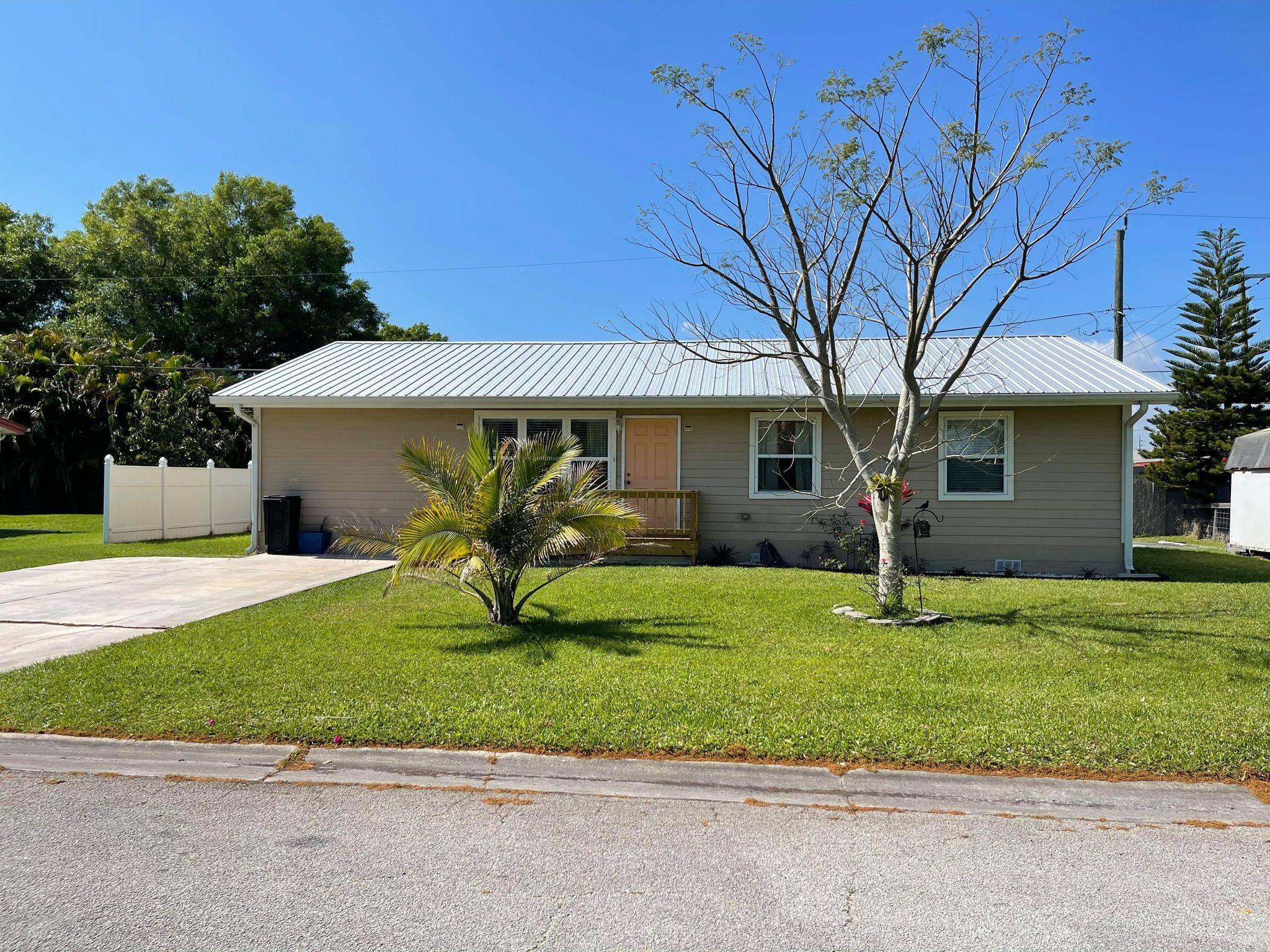 Home for sale in WINTA PARK Okeechobee Florida