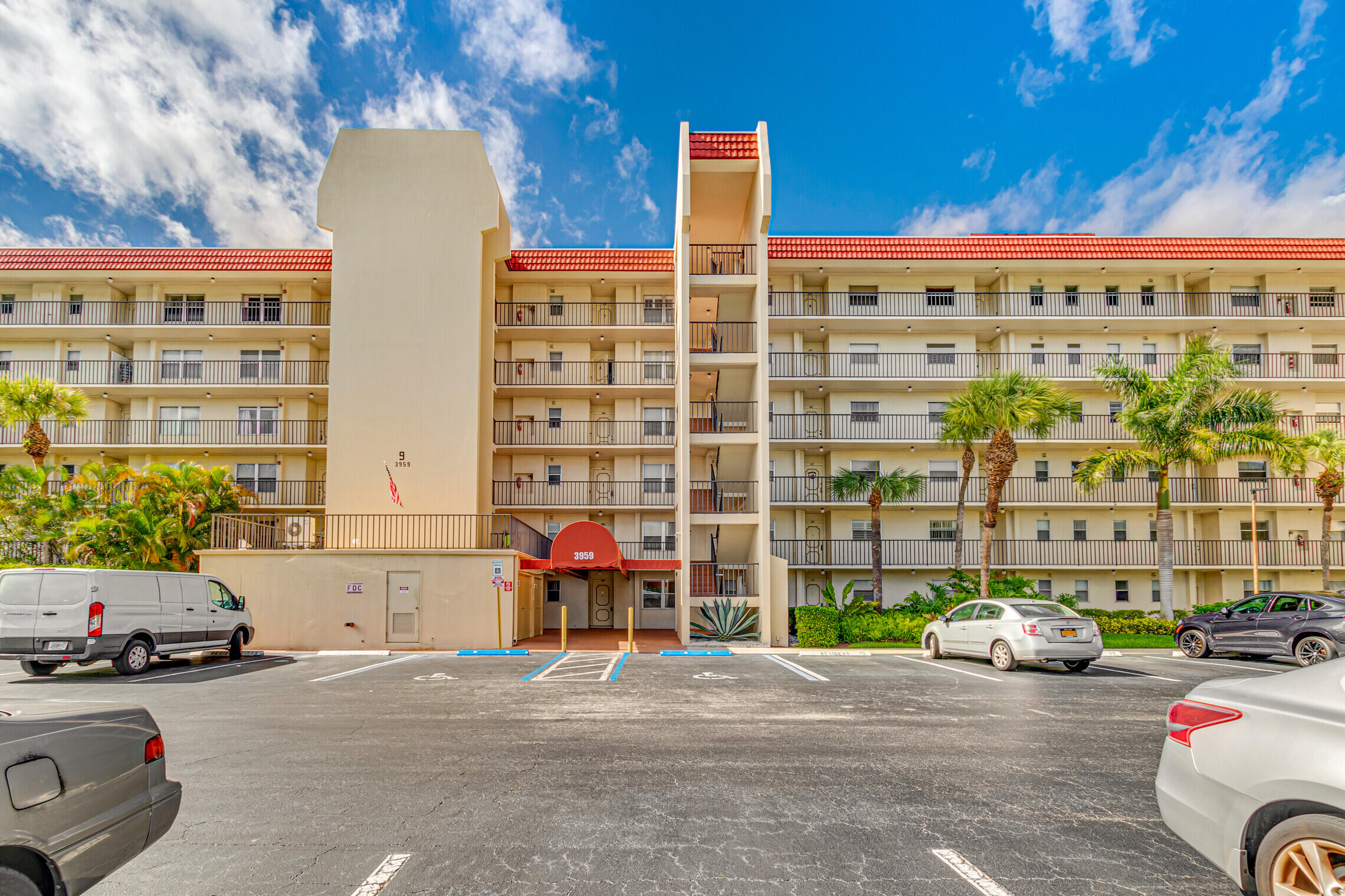 3959 Via Poinciana #106 - 33467 - FL - Lake Worth