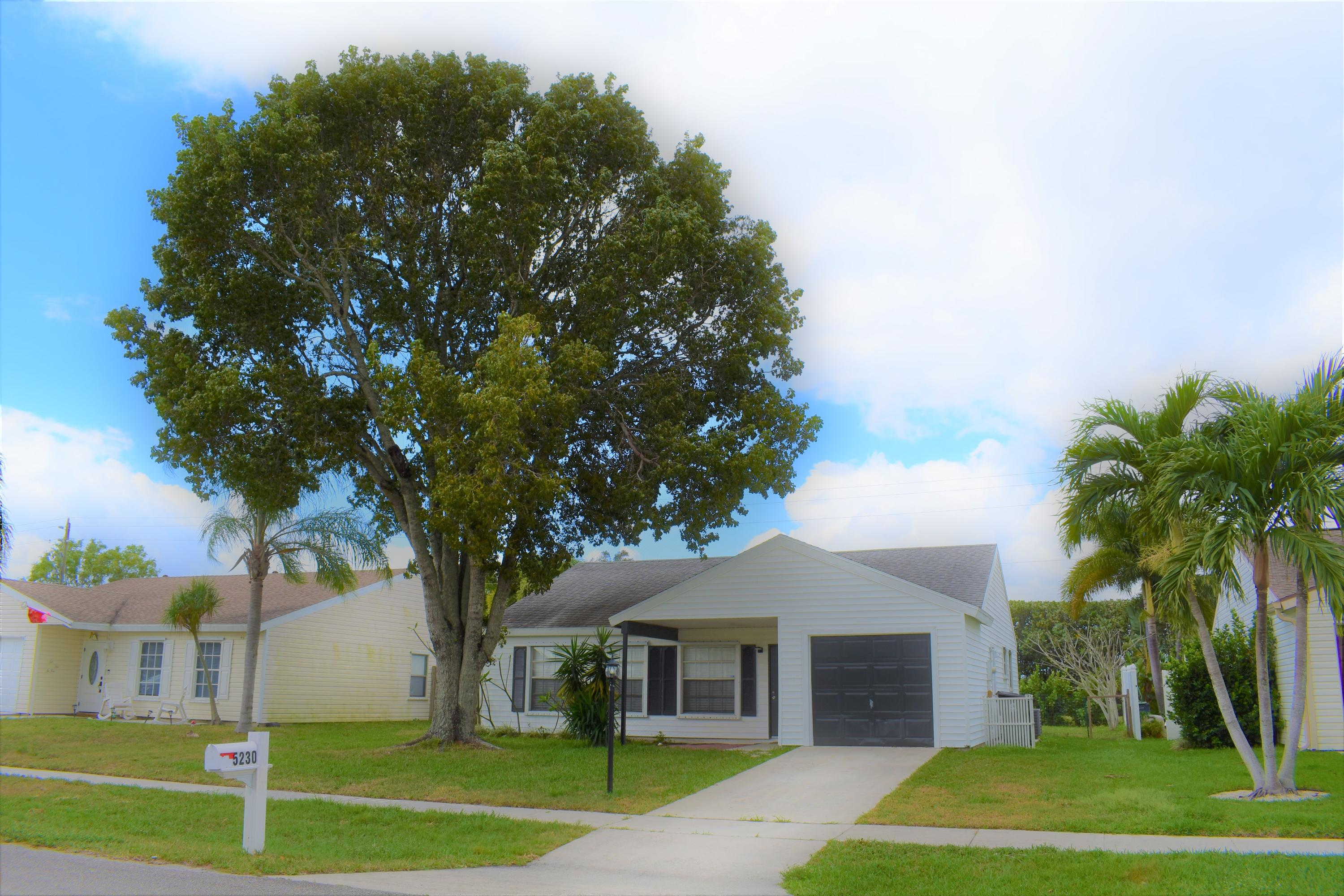 5230 Canal Circle Lake Worth, FL 33467