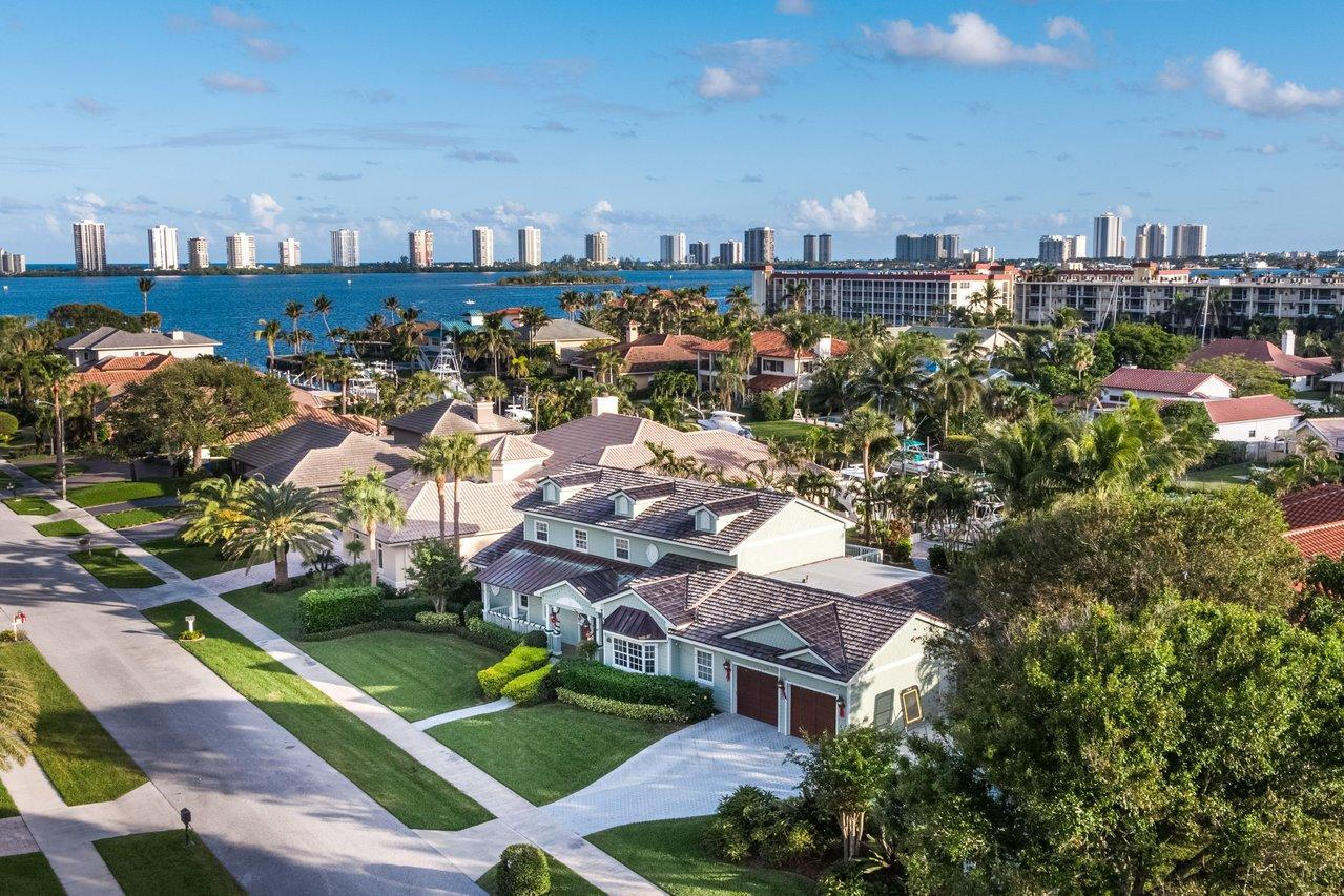 Home for sale in North Palm Beach North Palm Beach Florida