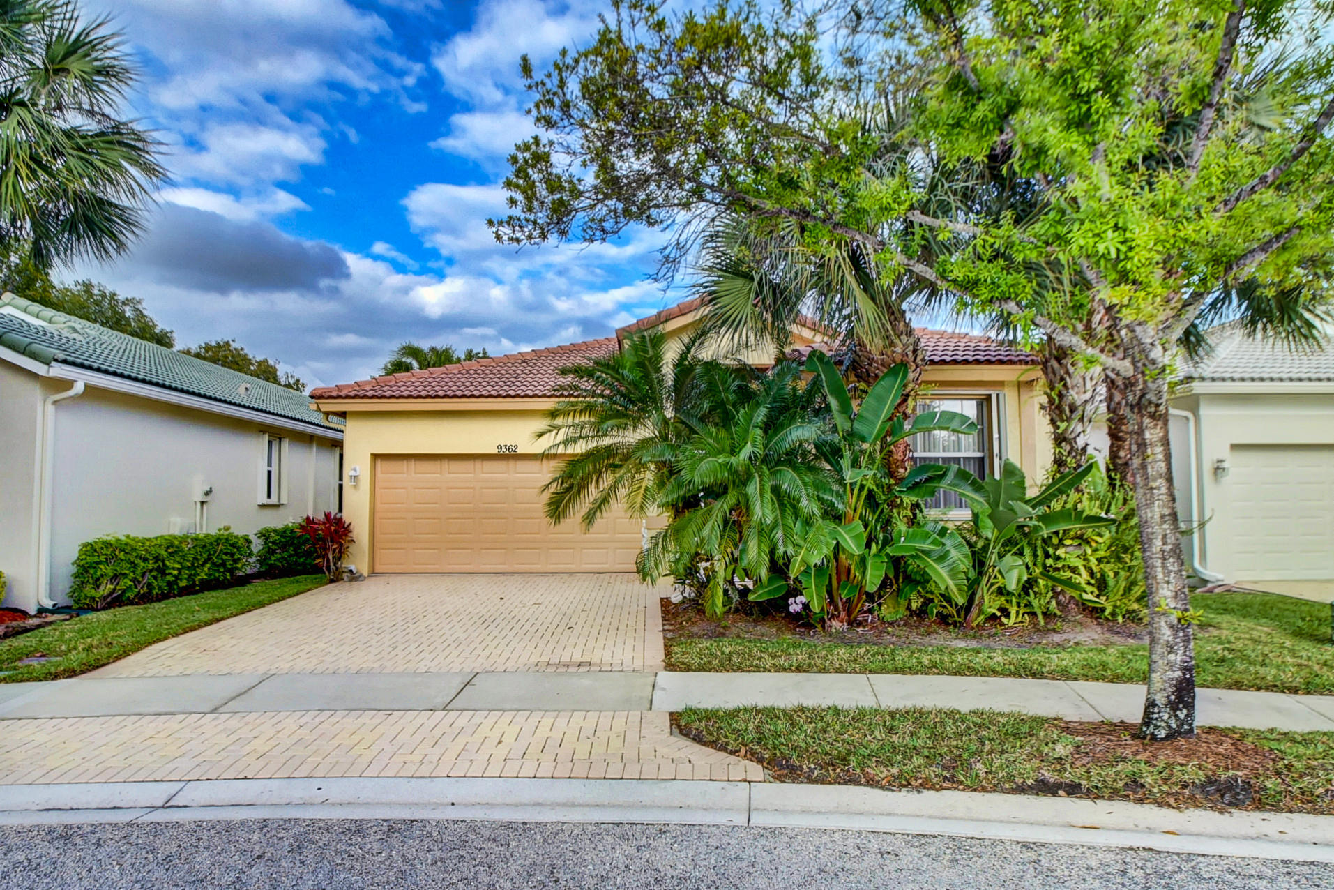 Home for sale in BAYWINDS RPD 12 West Palm Beach Florida