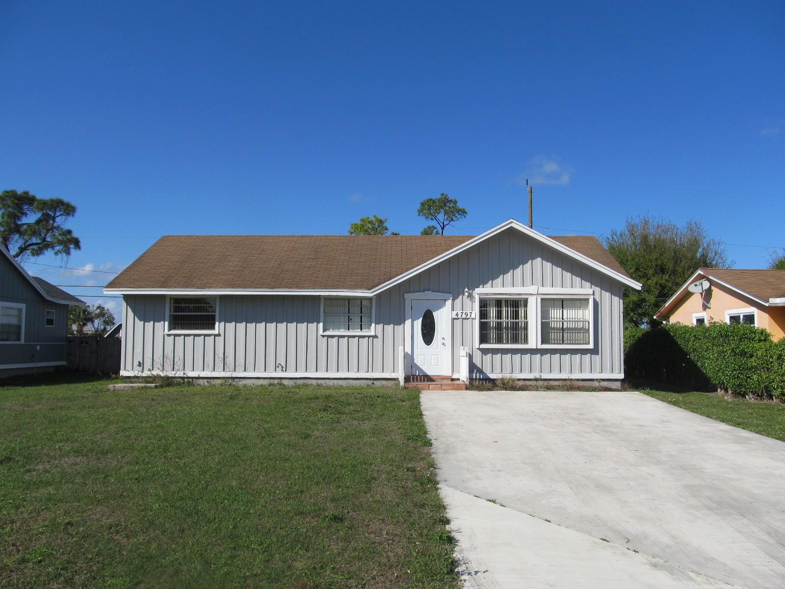 4797 Canal Drive Lake Worth, FL 33463