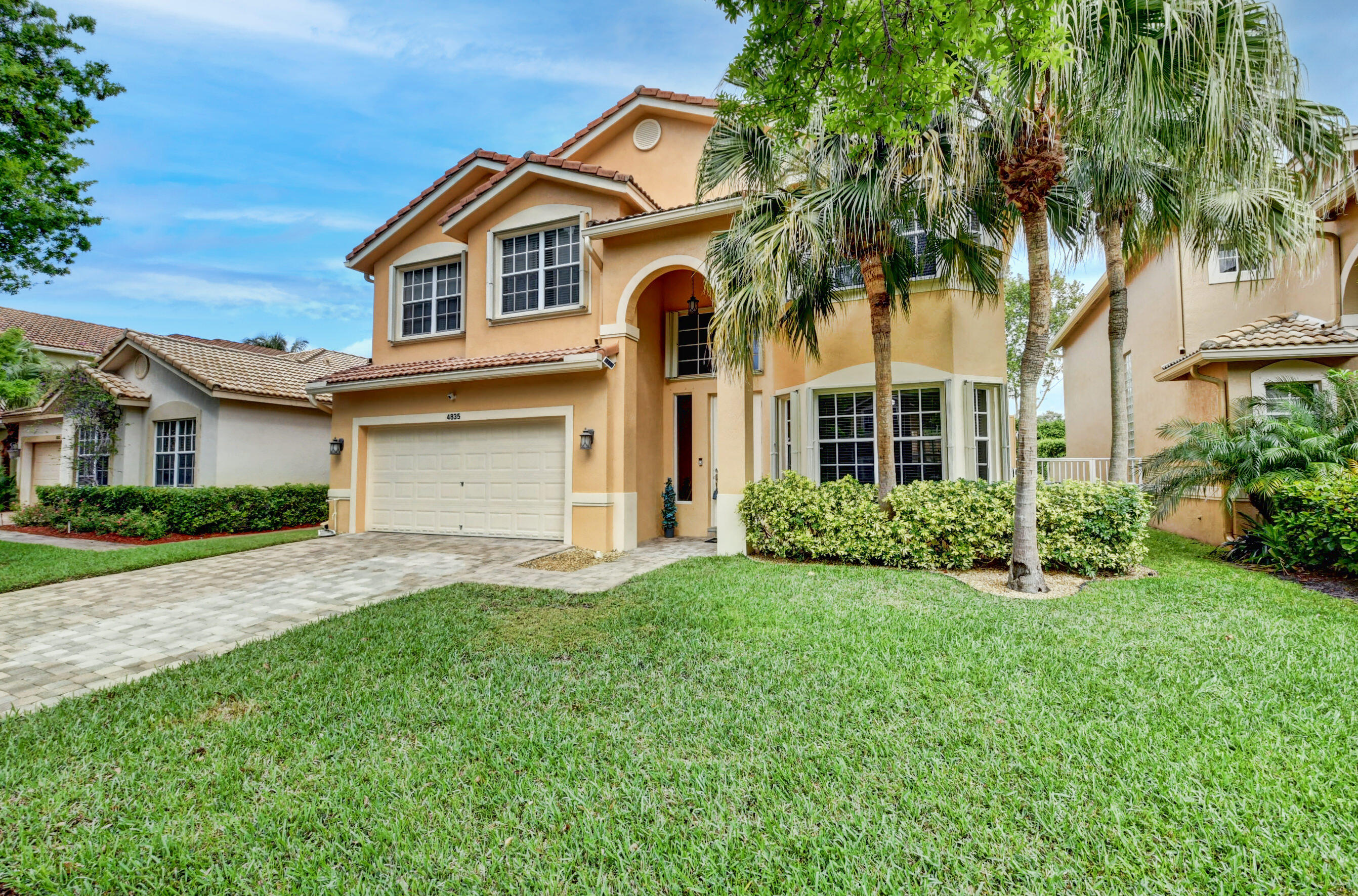 The Colony, Bonita Springs, Florida Real Estate