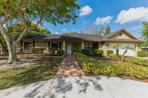 935 Whippoorwill Row, West Palm Beach, FL 33411
