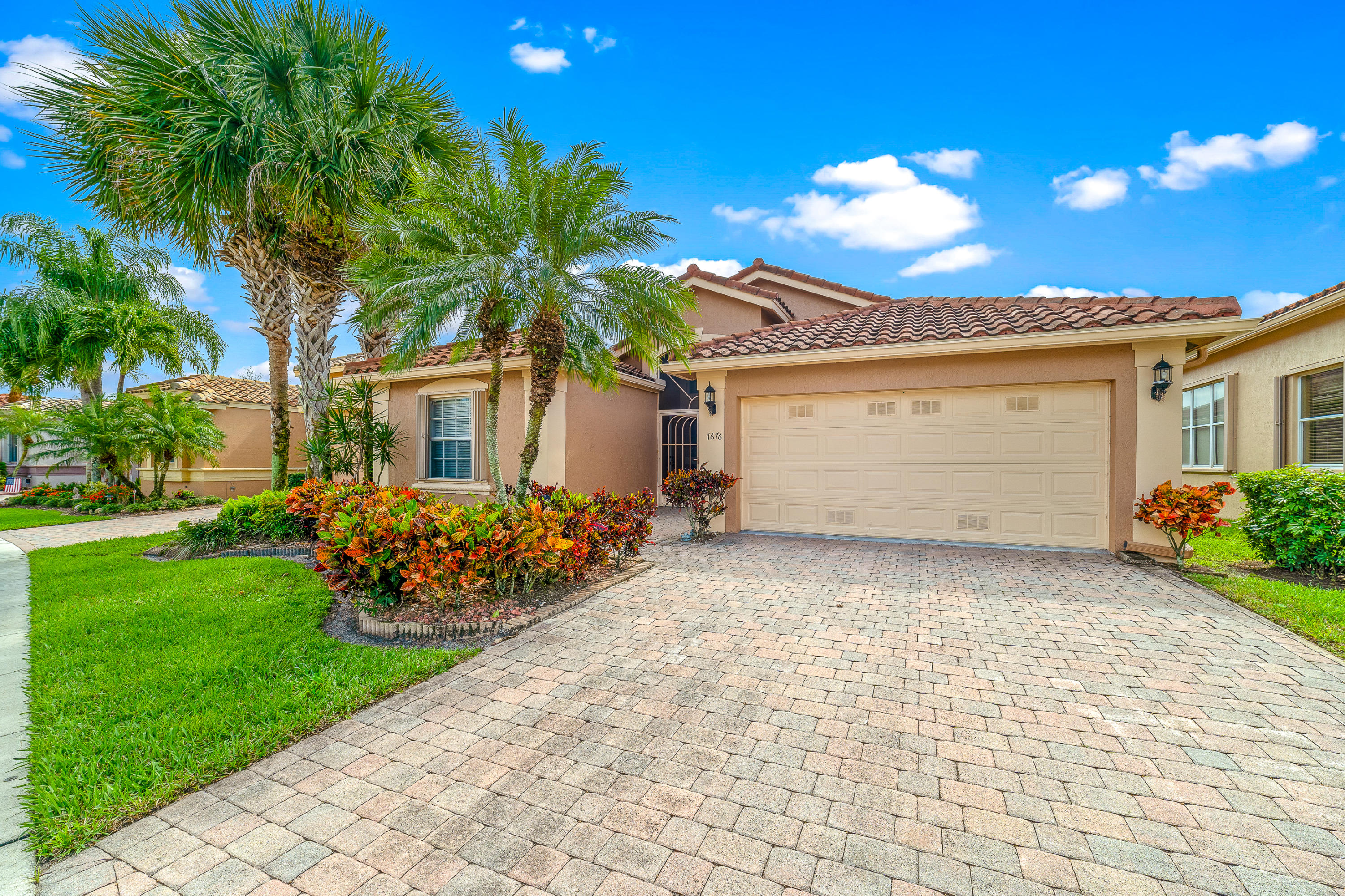 Photo of  Boynton Beach, FL 33472 MLS RX-10695424