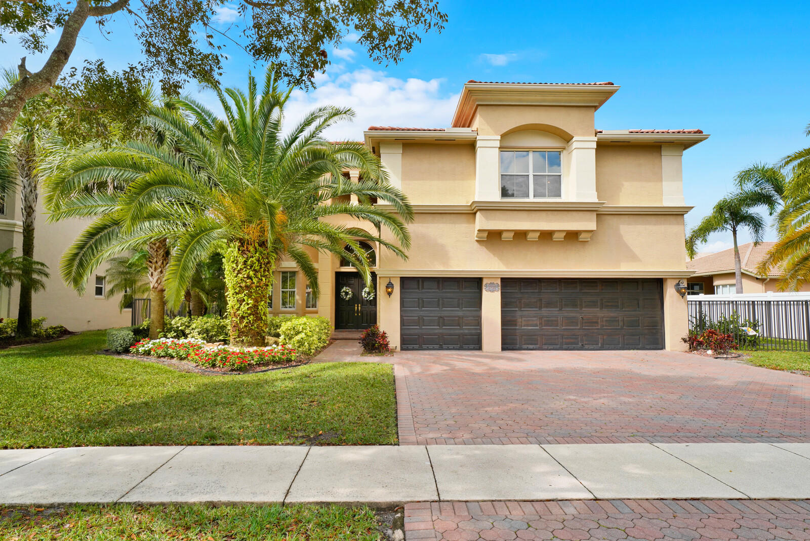 2705 Eleanor Way Wellington, FL 33414