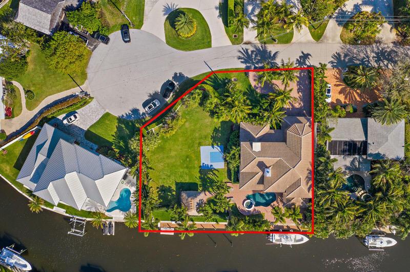 14063 Port Circle Palm Beach Gardens, FL 33410