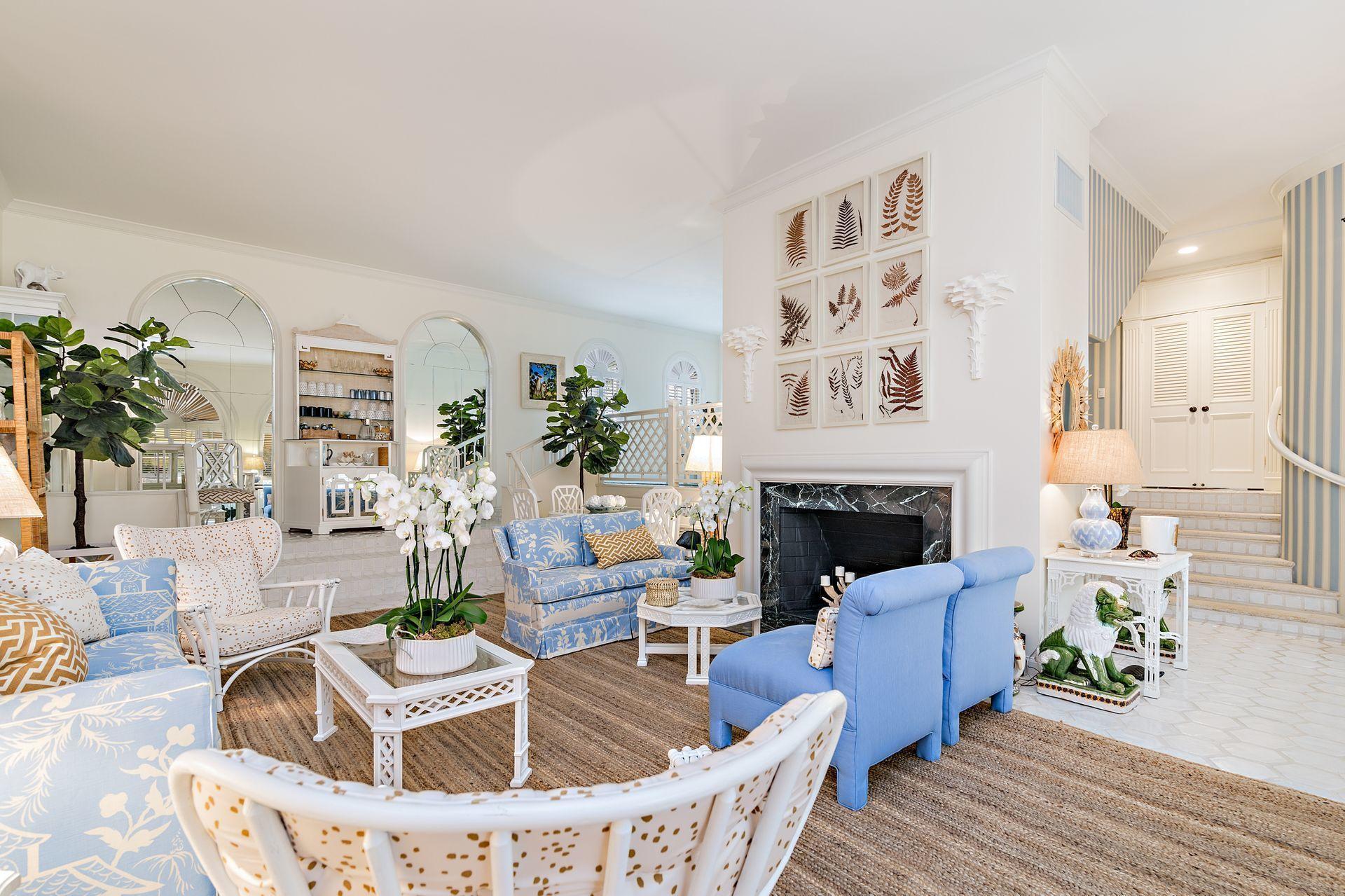 345  Australian Avenue  For Sale 10695509, FL