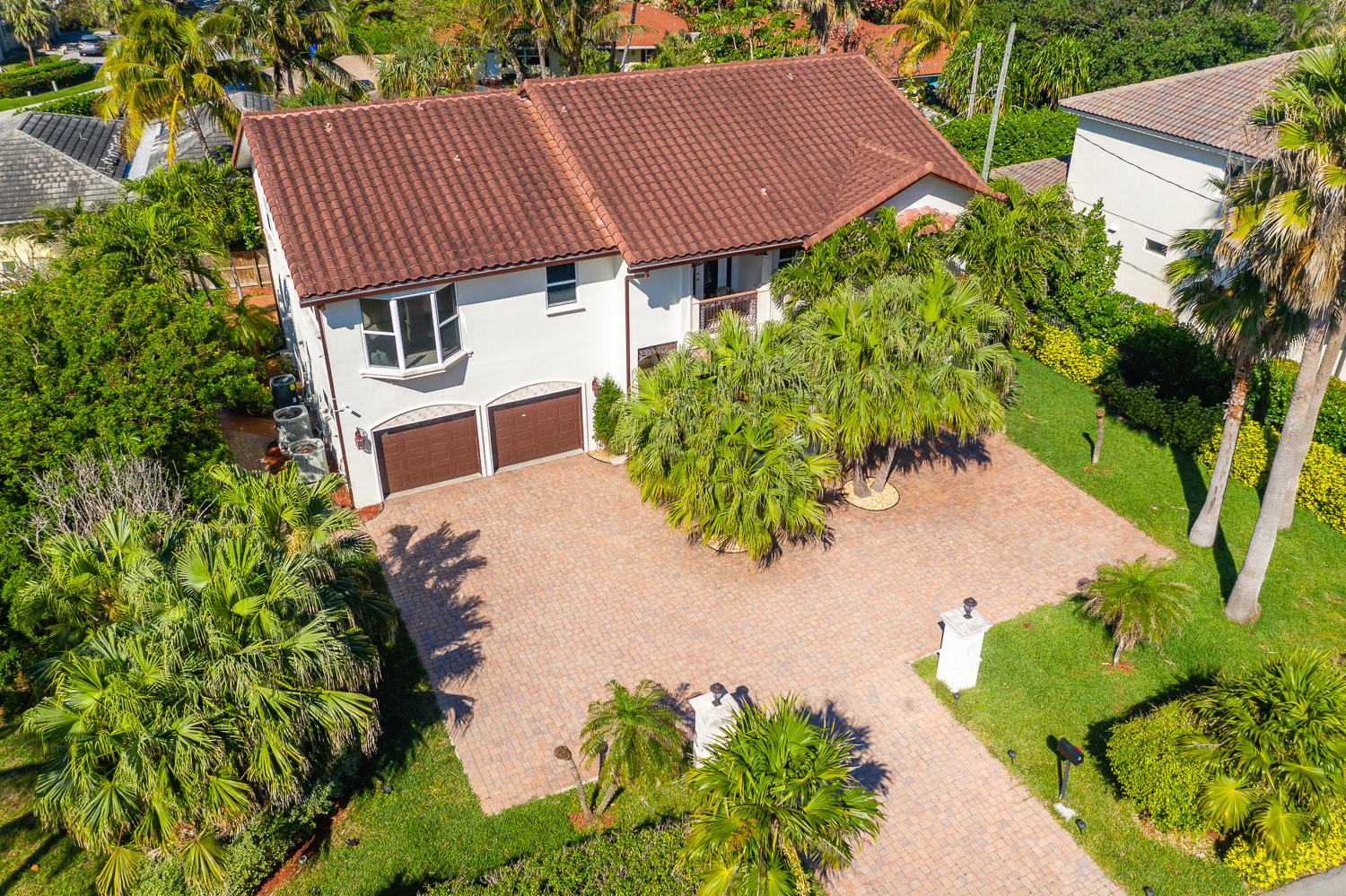Home for sale in -- Highland Beach Florida