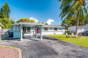 3841 Mackinac Road, Lake Worth, FL 33462