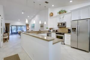 9879 Pavarotti Terrace, 103, Boynton Beach, FL 33437