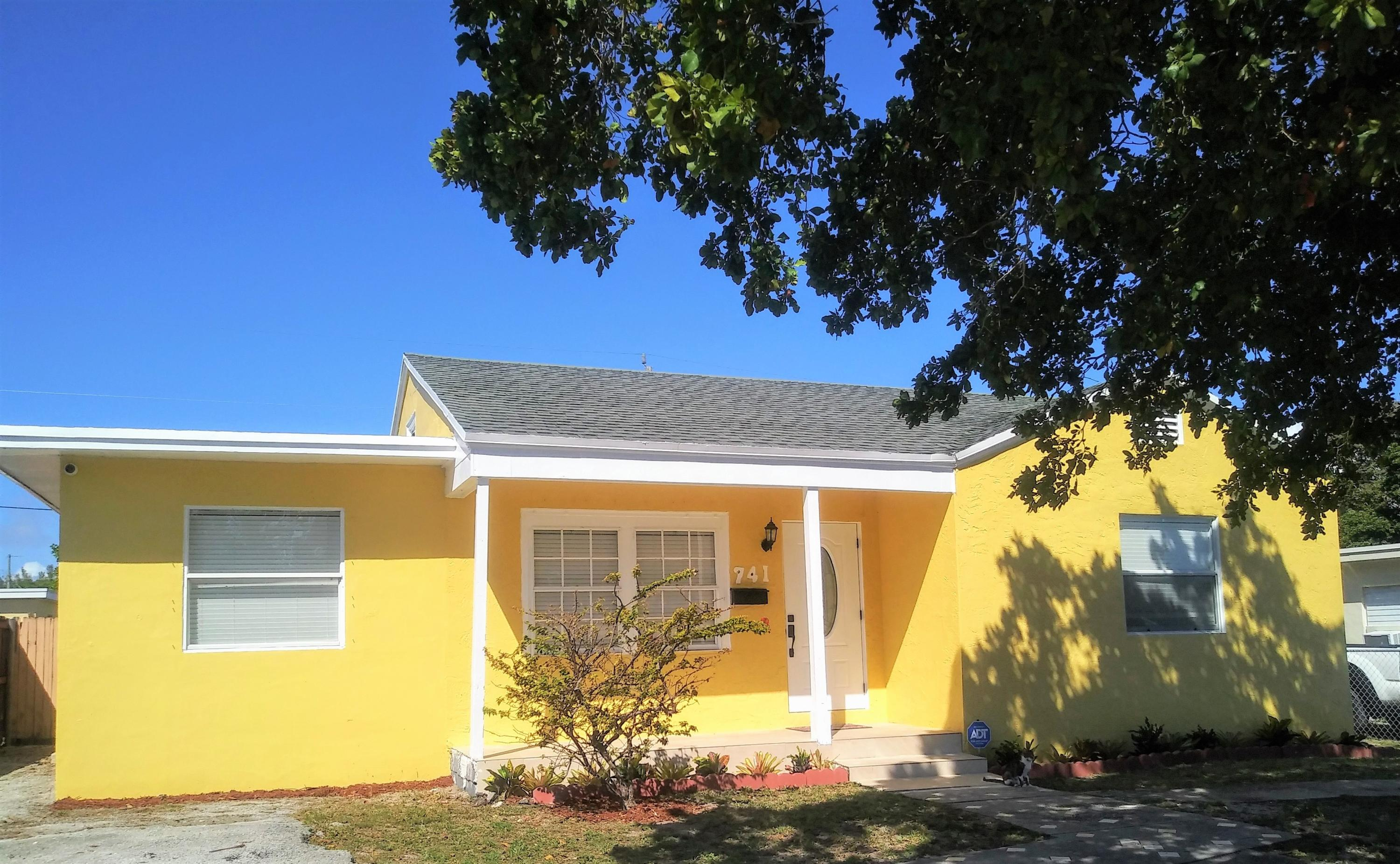 Home for sale in NORTH PALM BCH 2 West Palm Beach Florida