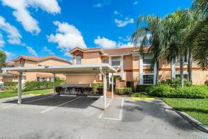 9697 Shadybrook Drive, 101, Boynton Beach, FL 33437