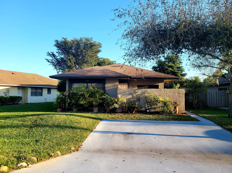 5274  Mendoza Street  For Sale 10696011, FL
