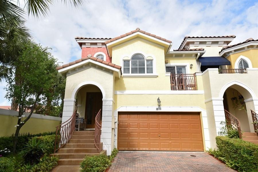 Home for sale in Coastal Bay Colony Boynton Beach Florida