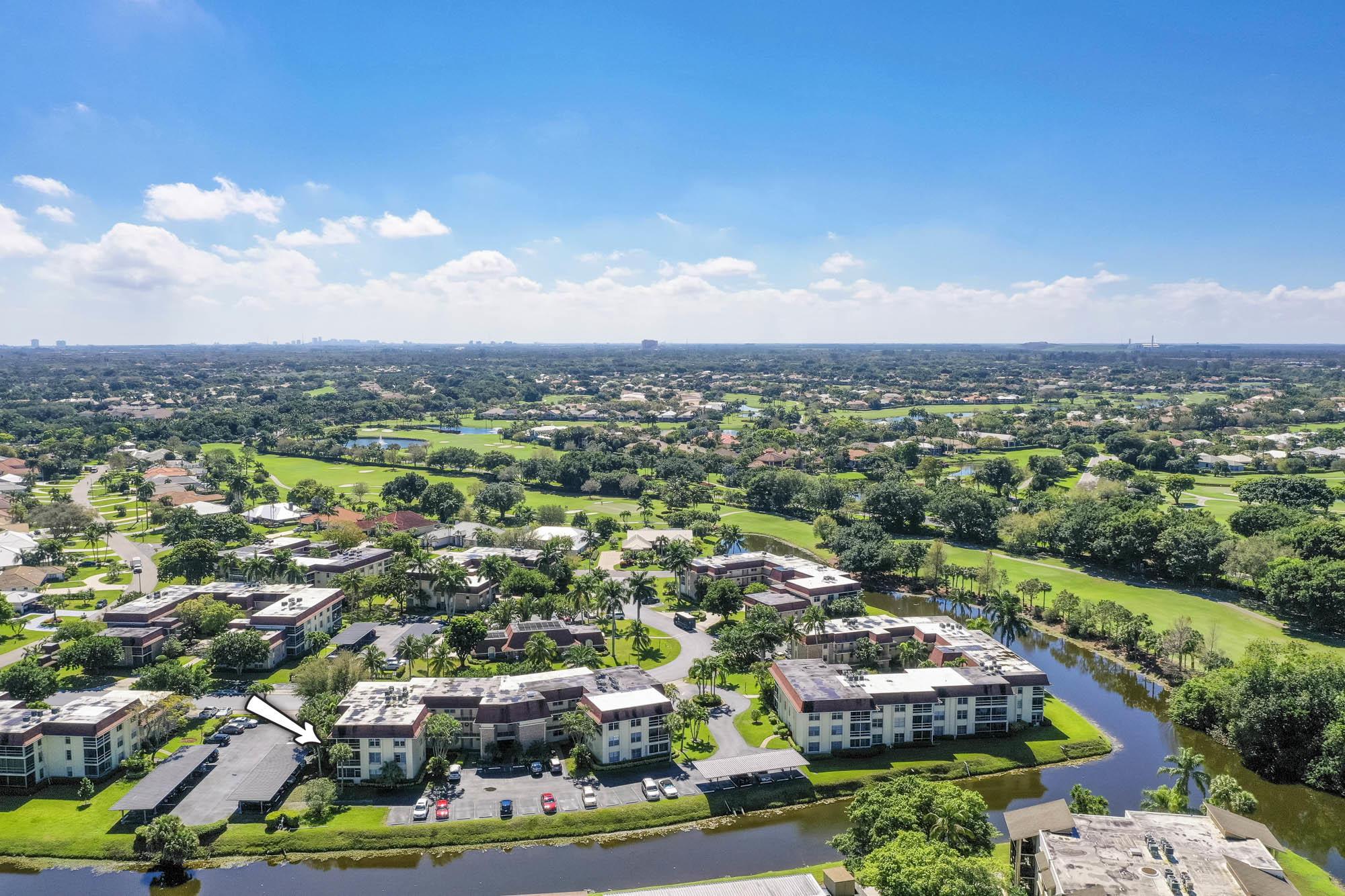 5520 Tamberlane Circle 307 Palm Beach Gardens, FL 33418