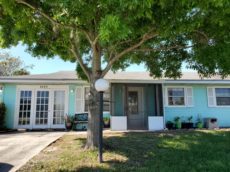 Home for sale in KING S BAY Okeechobee Florida