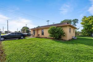 101 NW 12th Avenue, South Bay, FL 33493