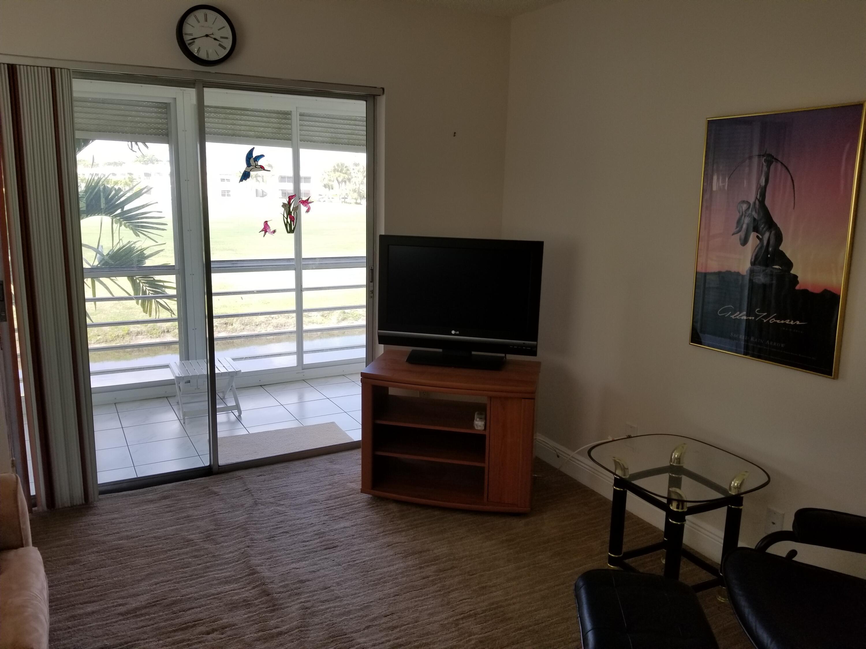 857 Flanders R Delray Beach, FL 33484 photo 28