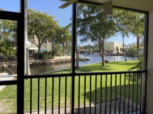 7 Royal Palm Way, 102, Boca Raton, FL 33432