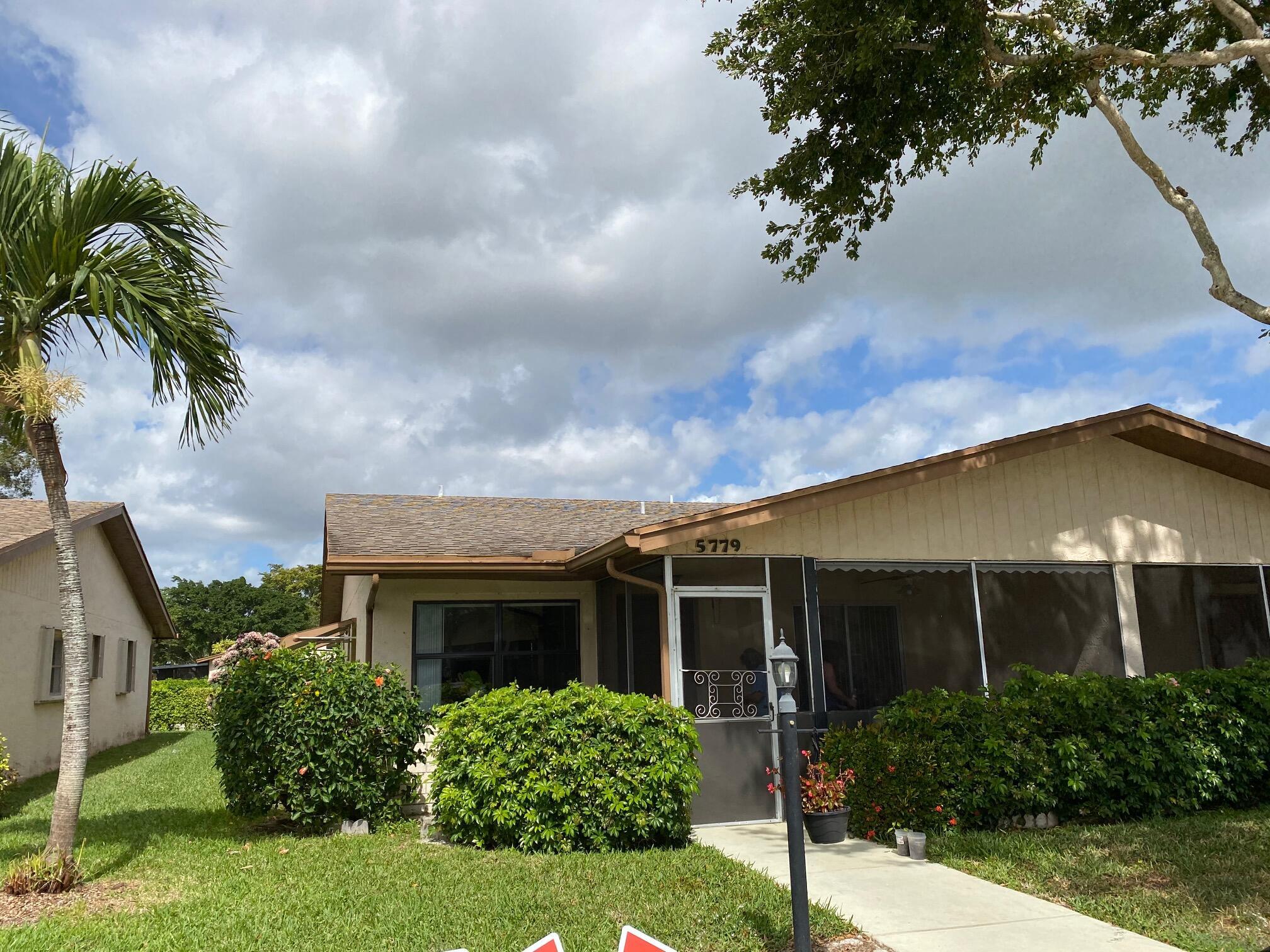 5779  Doris Court  For Sale 10696546, FL