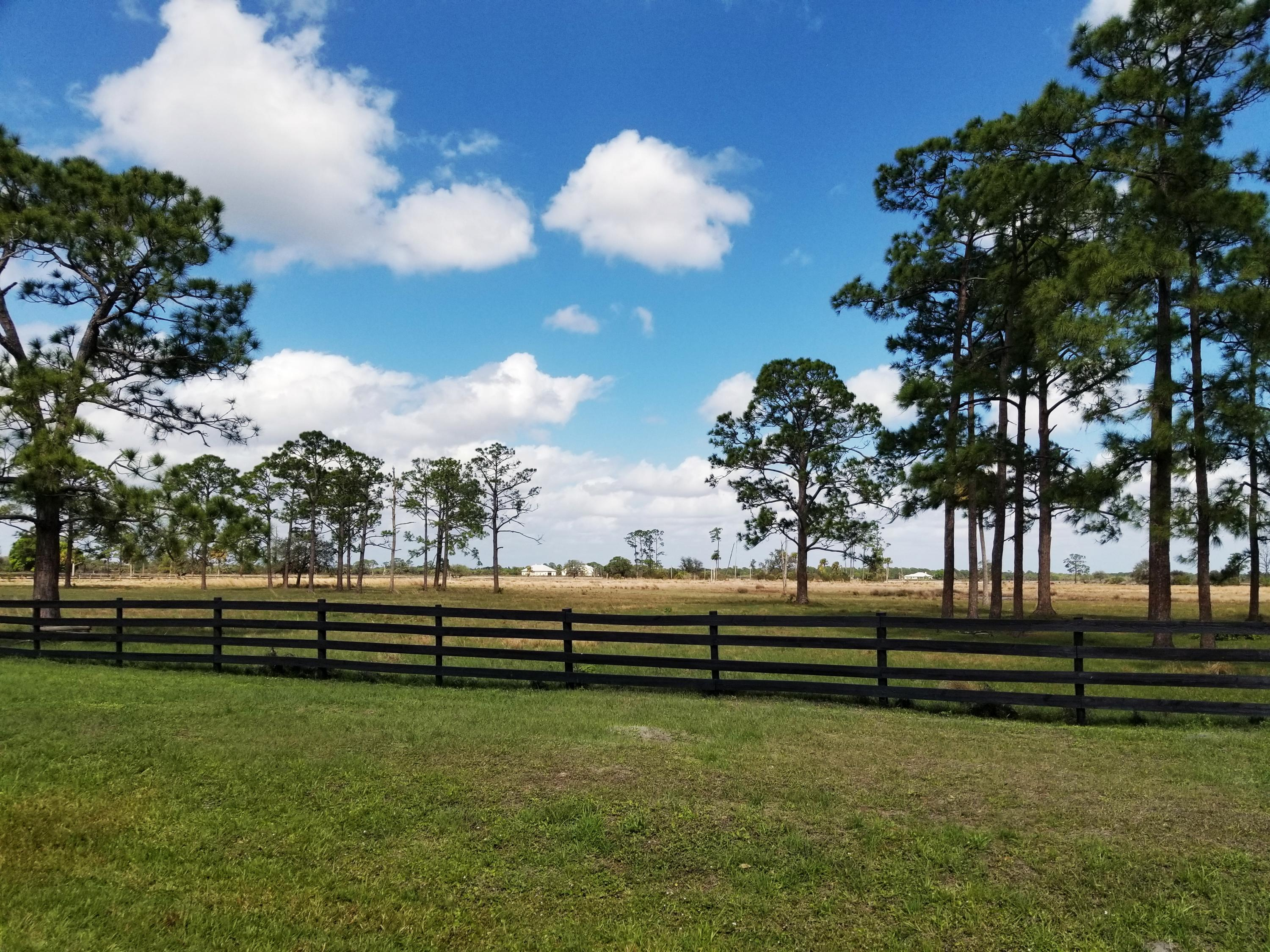 Country Living on 20+ acres
