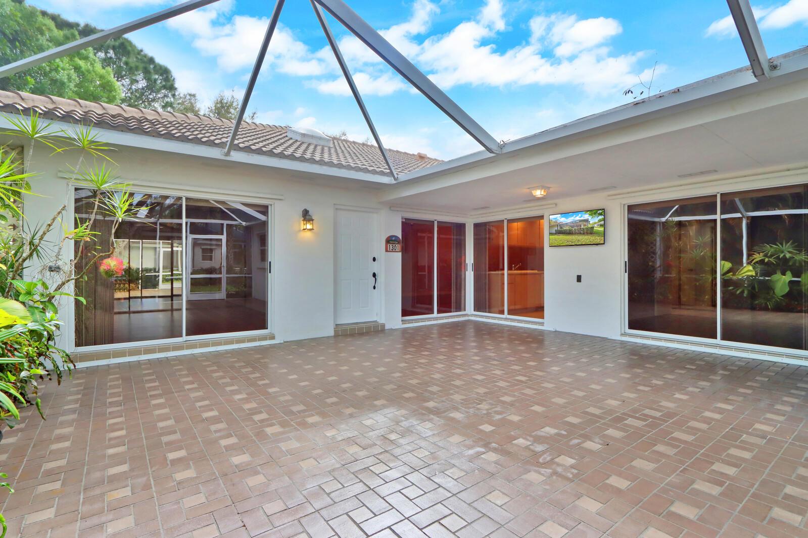 Home for sale in OAKS-SUNTERRACE 1 Palm Beach Gardens Florida