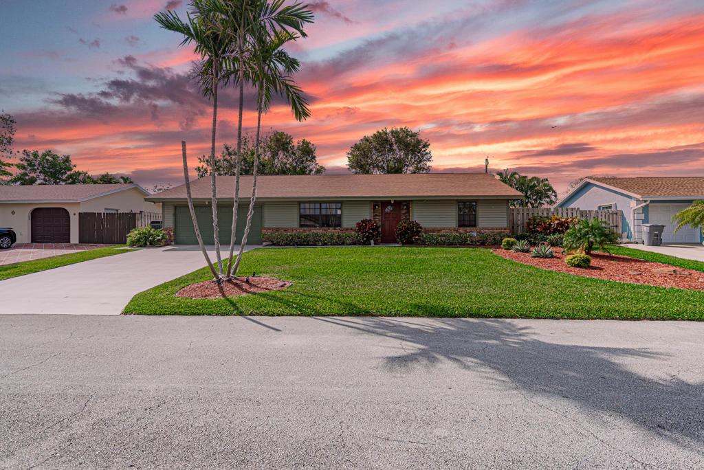 Home for sale in WEST BOYNTON Boynton Beach Florida