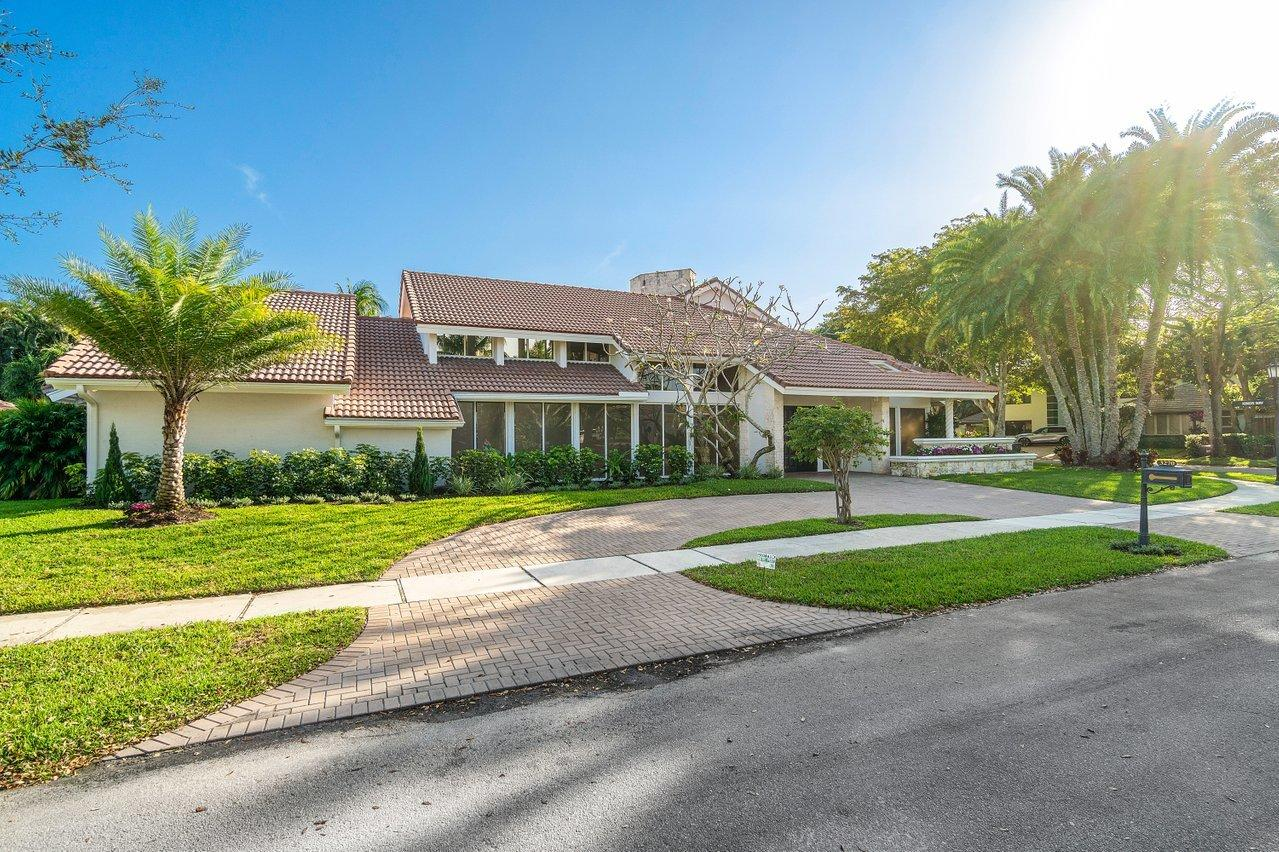 Photo of 3270 St James Drive, Boca Raton, FL 33434