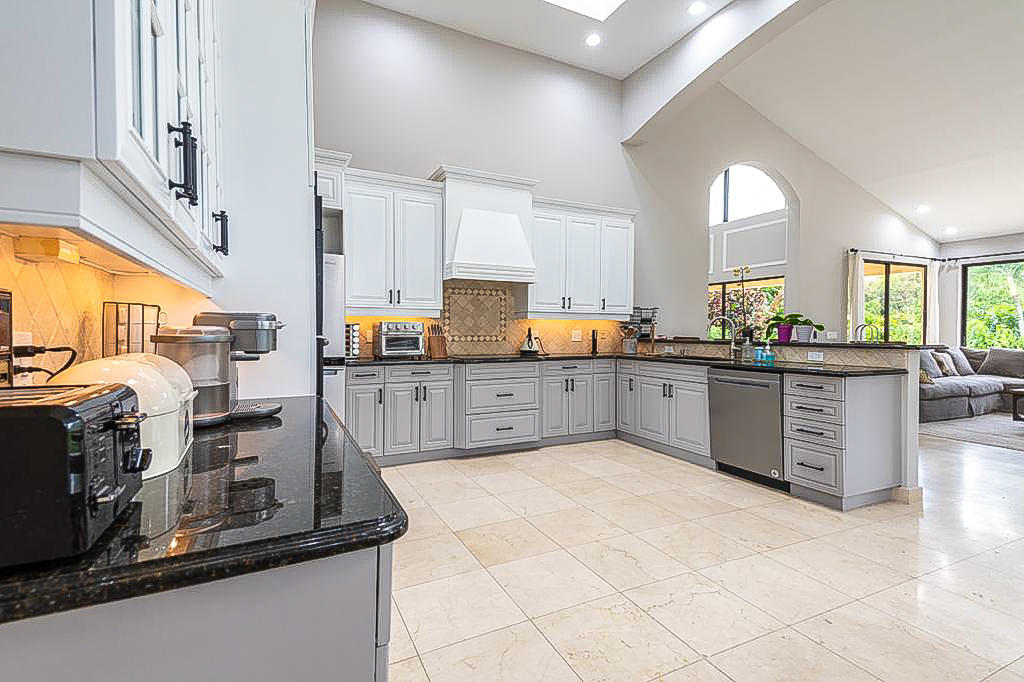 Wellington, Florida 33414, 4 Bedrooms Bedrooms, ,4 BathroomsBathrooms,Residential,For Sale,Isle Brook,RX-10697380