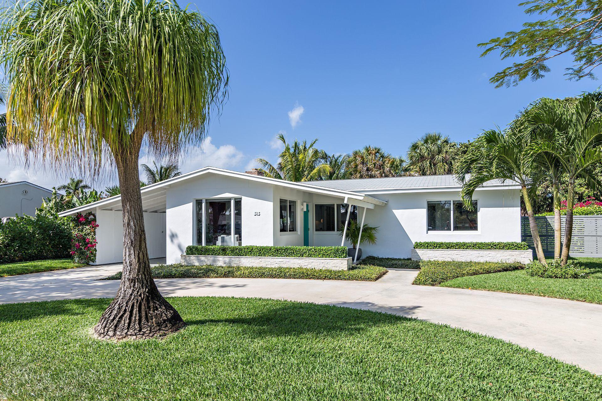 Home for sale in ARLINGTON PLACE West Palm Beach Florida