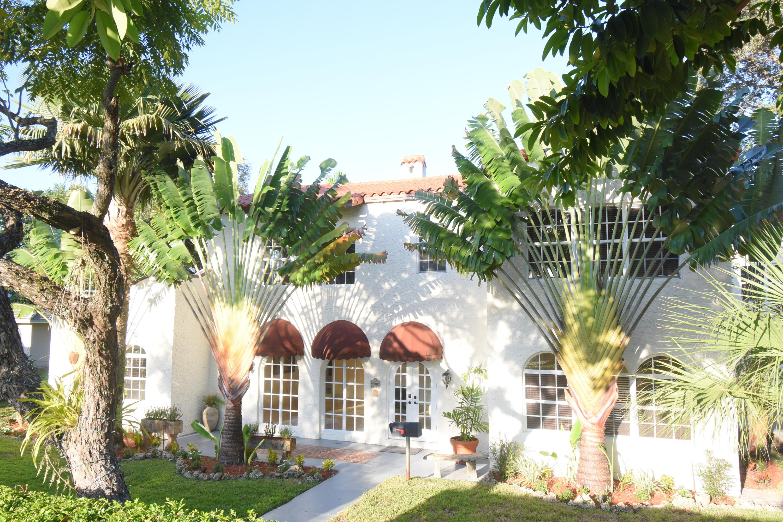 900 El Rado Street  Coral Gables FL 33134