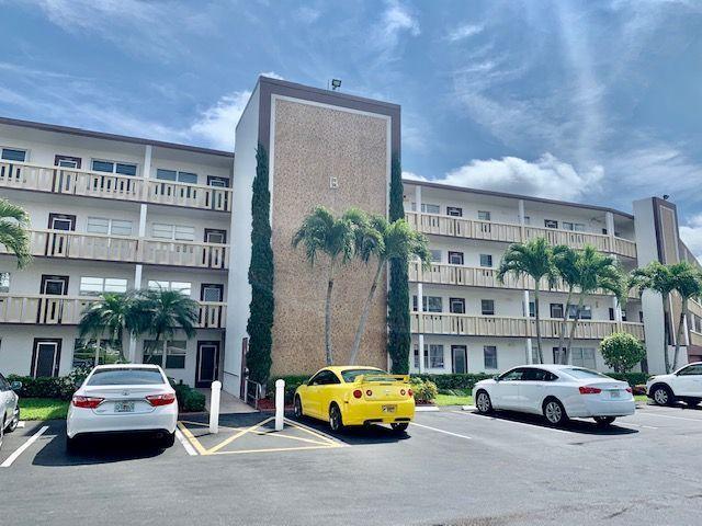 2028 Guildford B Boca Raton, FL 33434