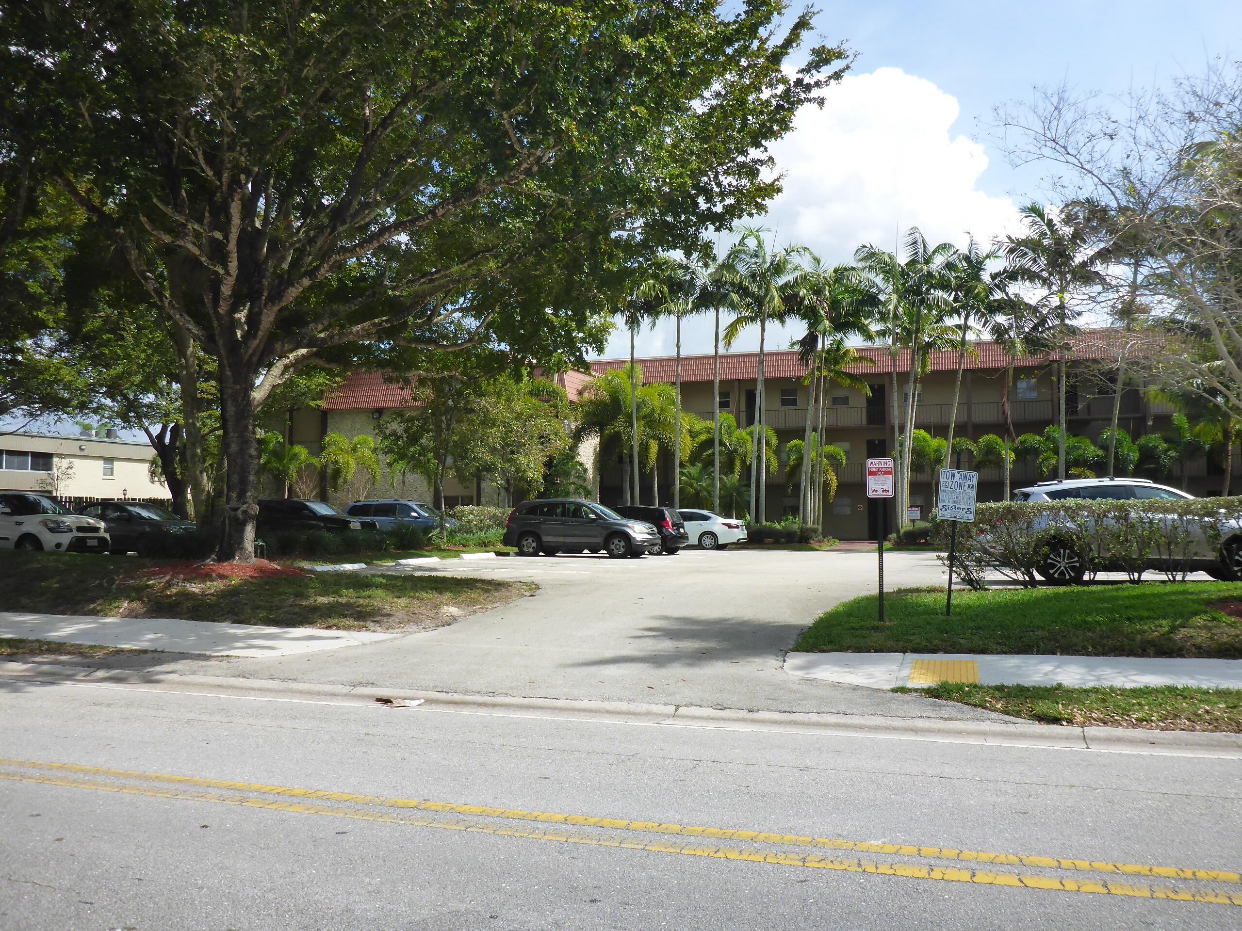 Home for sale in PARK VIEW AT PALM BEACH CONDO Royal Palm Beach Florida