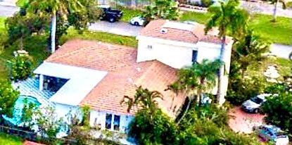 3566 S Lake Drive  For Sale 10697107, FL