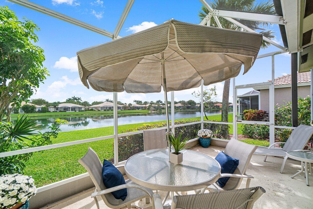 10605 Royal Caribbean Circle  Boynton Beach FL 33437