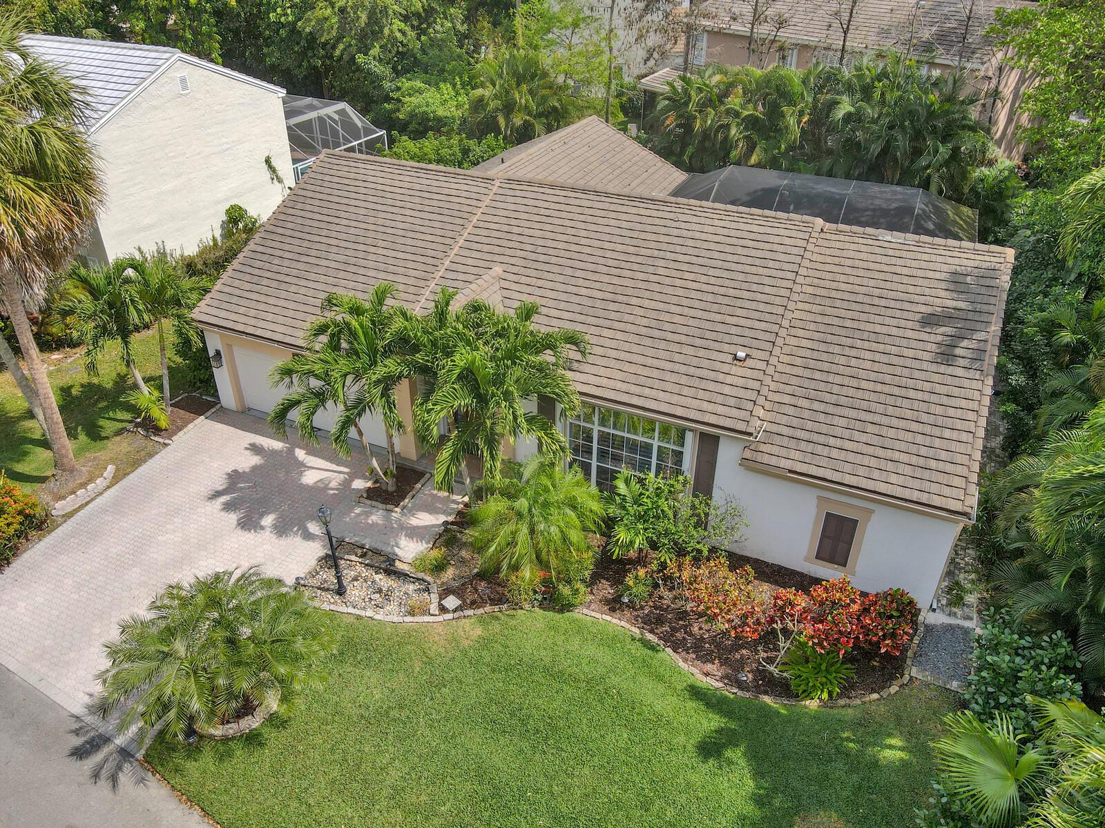 Home for sale in WOODSIDE ESTATES Coral Springs Florida