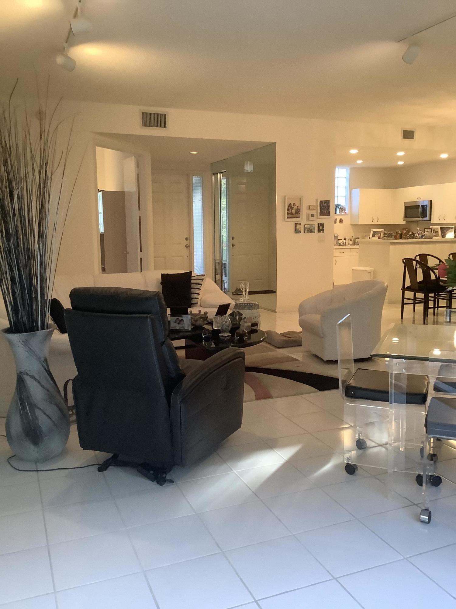 20220  Boca West Drive 204 For Sale 10697696, FL