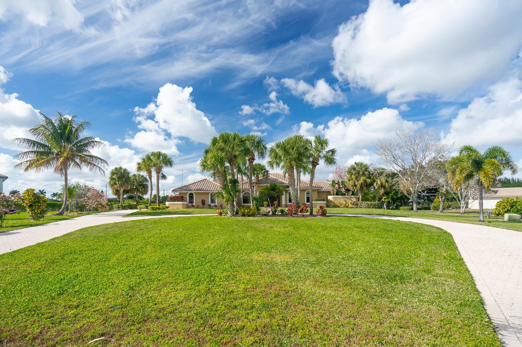 Home for sale in Sherbrooke Estates- Greenbriar Lake Worth Florida