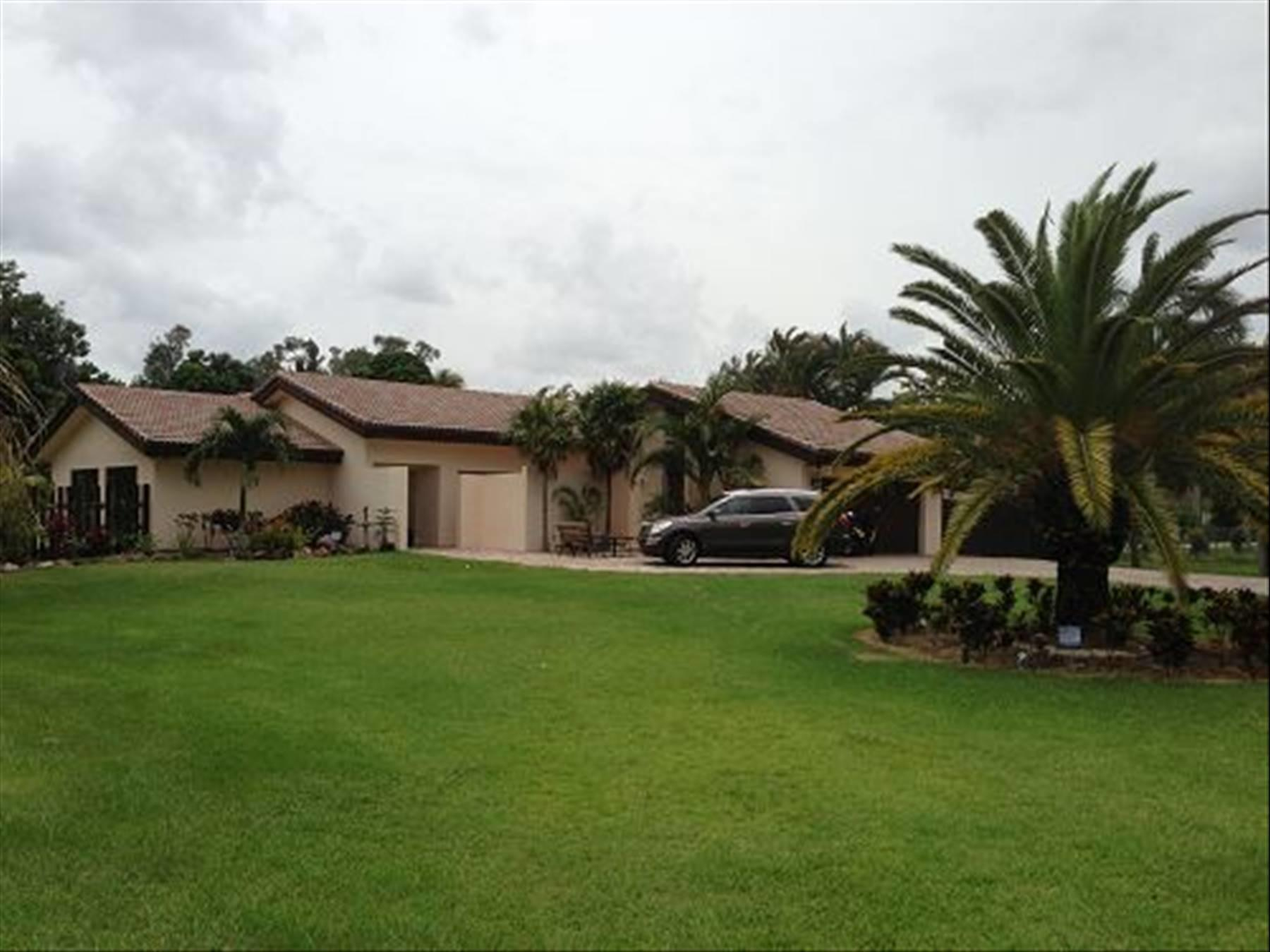 Home for sale in DIXONS PLAT Plantation Florida