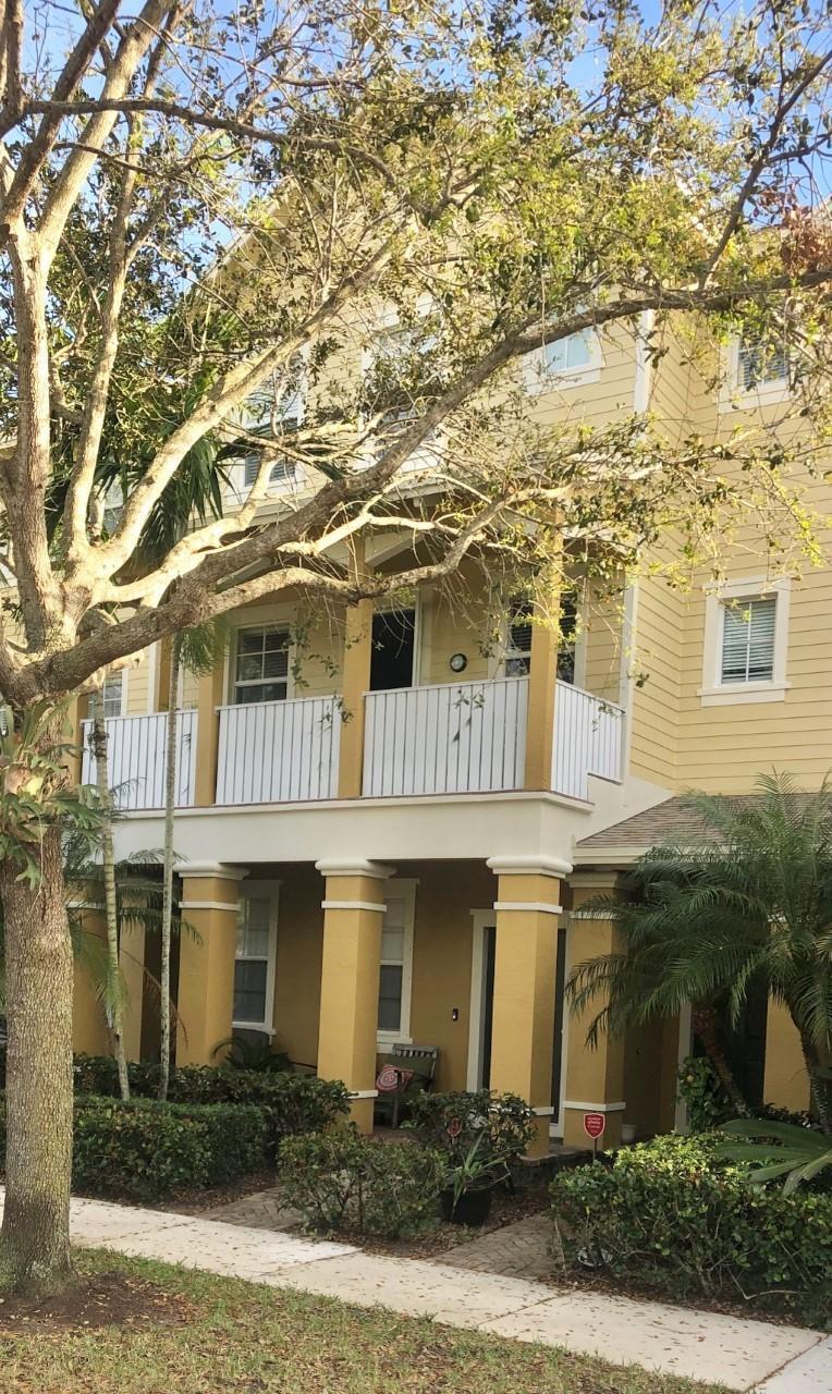 Home for sale in Sandpiper Cove /botanica Jupiter Florida