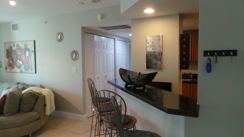 610 Clematis Street 601 West Palm Beach, FL 33401 photo 2