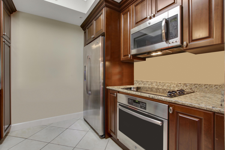 Home for sale in VIZCAYA LAKES CONDO Boynton Beach Florida